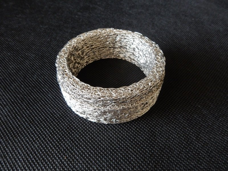 Wiremesh exhaust seal